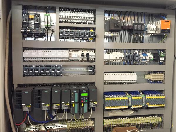 Schemi Quadri Elettrici Industriali : Quadri e impianti di automazione industriale elettra automazione